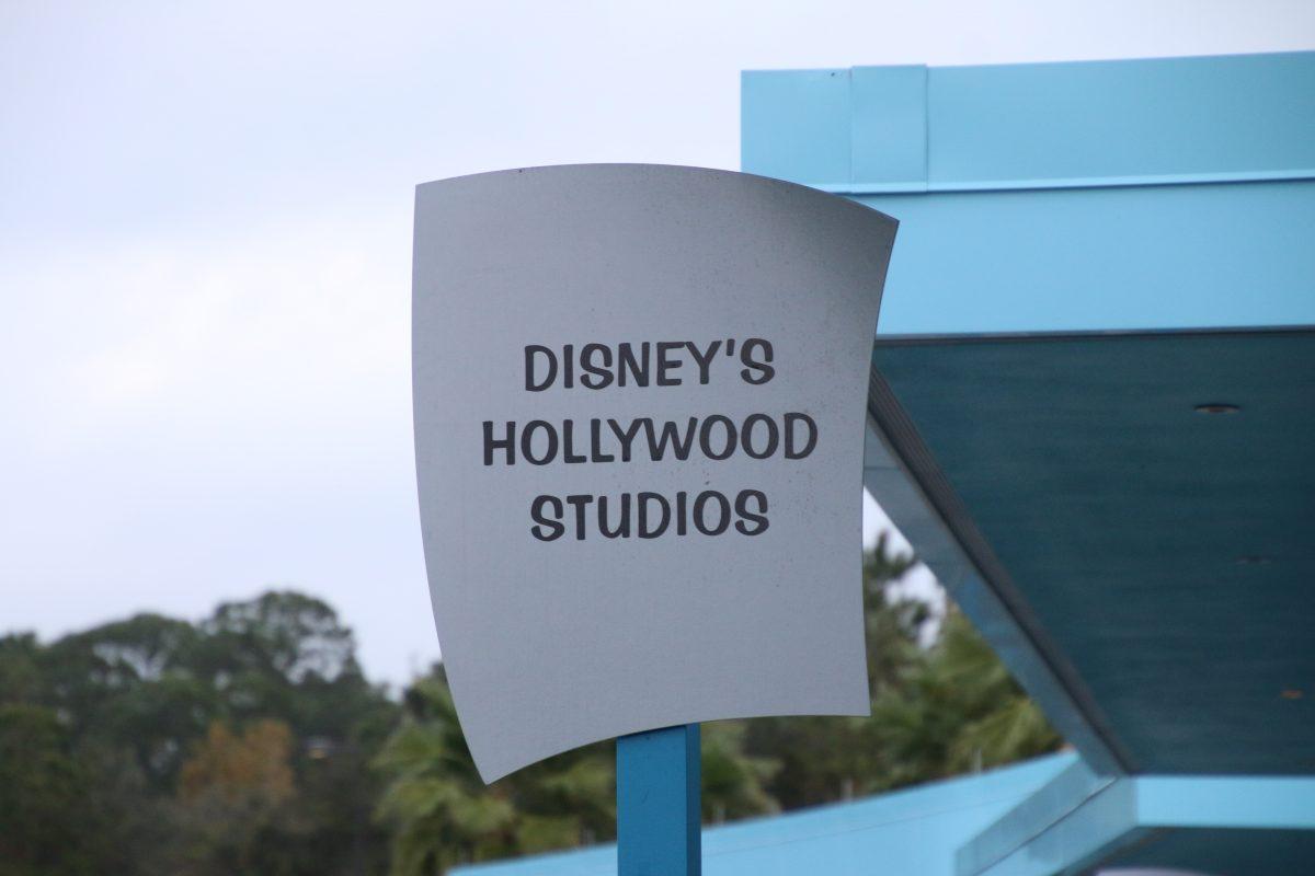 ハリウッドスタジオ行き バス