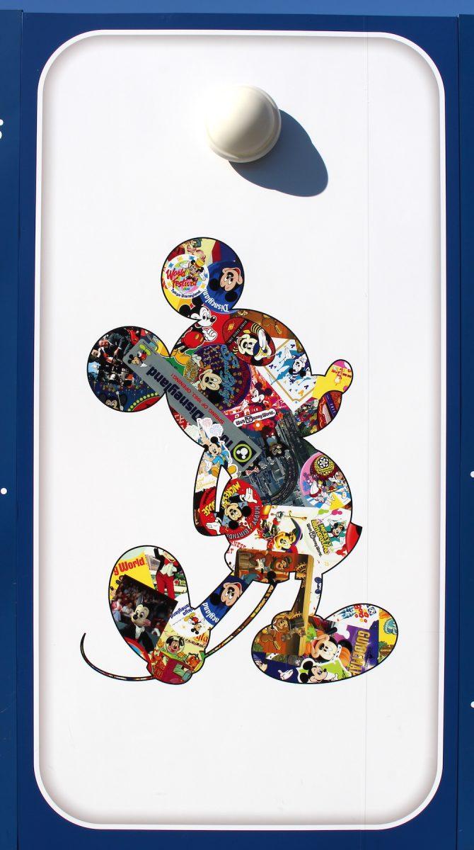 東京ディズニーランド ミッキー90周年装飾 壁